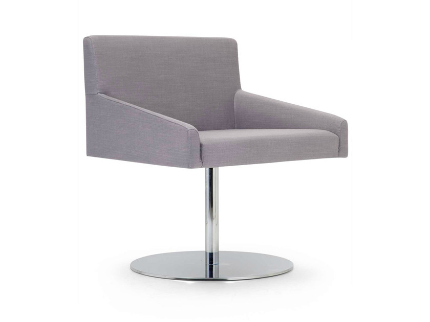 Fabric easy chair with armrests KELLY MAXI | Swivel easy chair by Domingo Salotti