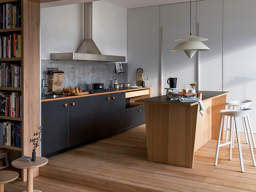 Cucina componibile in Fenix Nero Ingo LEPIC   Cucina by SCHIFFINI