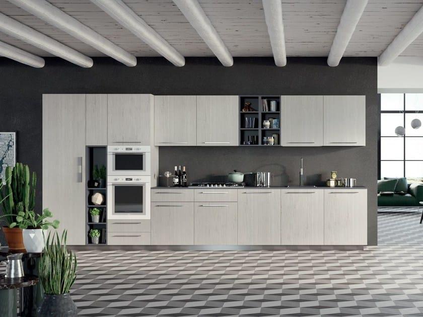 Cucina laccata in laminato con maniglie spring cucina - Maniglie mobili cucina ...