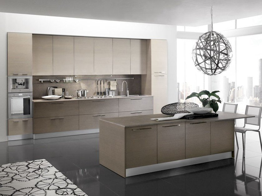 Lacquered kitchen with island with handles SFERA | Kitchen with island by DIBIESSE