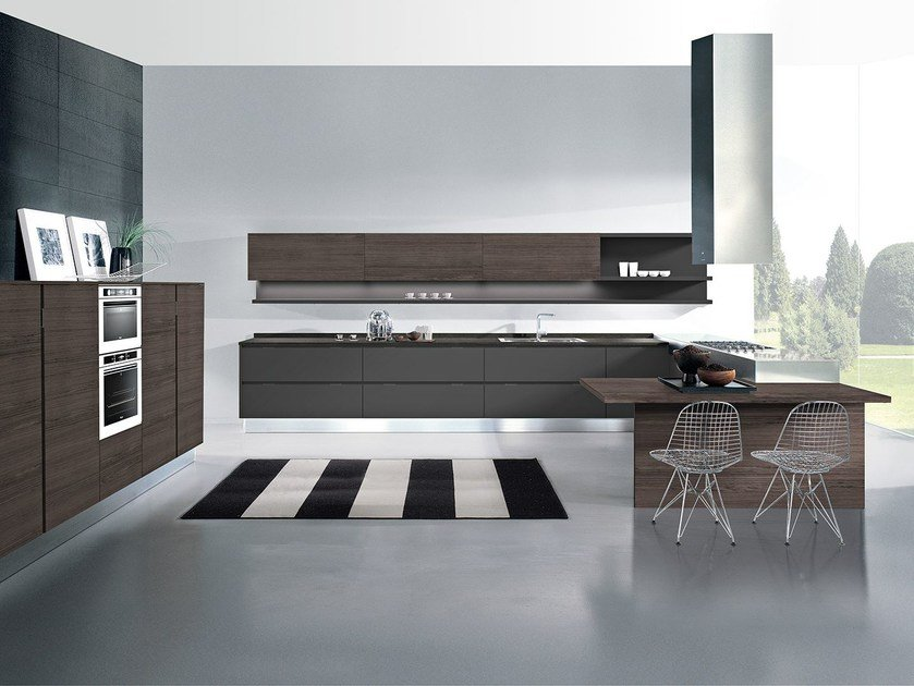 Fitted kitchen with peninsula AREA | Kitchen with peninsula by Oikos Cucine