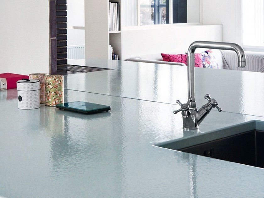Lava stone kitchen worktop CRISTALLI | Kitchen worktop by Made a Mano
