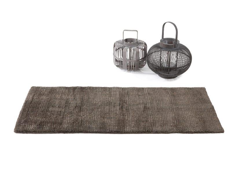 Rectangular jute rug KNOTTIE by Atipico