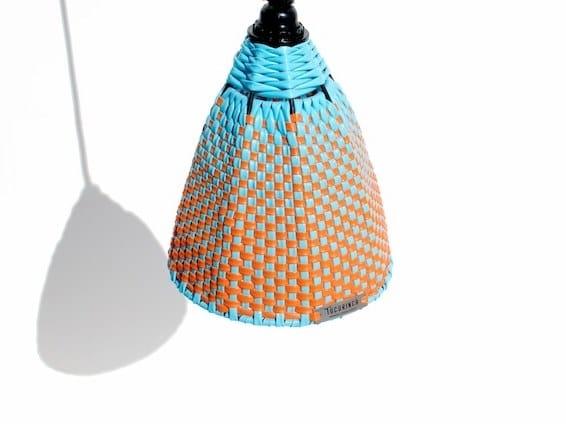 Lampada a sospensione fatta a mano in PVC KOGUI | Lampada a sospensione by Tucurinca