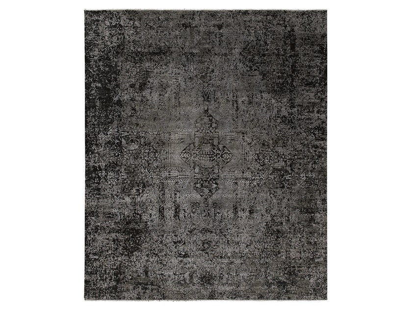 Handmade custom rug KOHINOOR REVIVED CHARCOAL by Thibault Van Renne