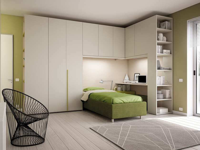 Fitted wooden teenage bedroom with bridge wardrobe KP 201 | Bedroom set by Moretti Compact