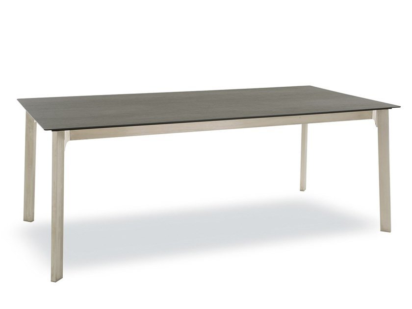Extending rectangular table with casters KRONO | Table by Pointhouse