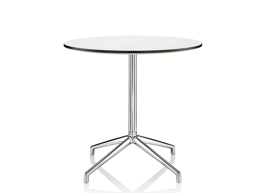 Lacquered table with 4-star base KRUZE | Lacquered table by Boss Design