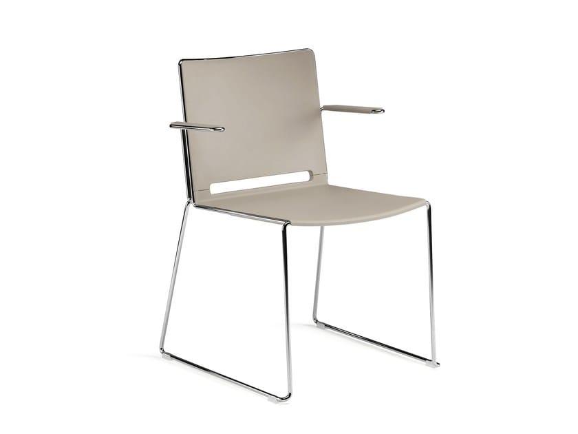 Sled base stackable polypropylene training chair with armrests KUBIKA | Training chair with armrests by Arte & D