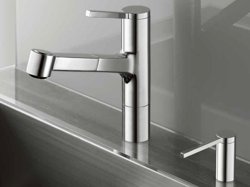 Countertop kitchen mixer tap with pull out spray KWC AVA | Kitchen mixer tap with pull out spray by KWC