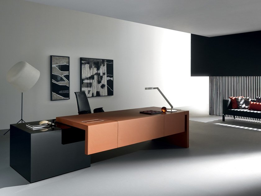 Rectangular leather office desk KYO | Office desk by Martex