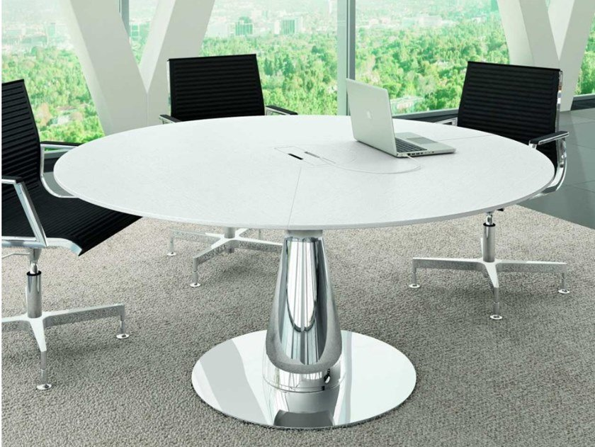 Oak meeting table with cable management METAR   Lacquered meeting table by Bralco