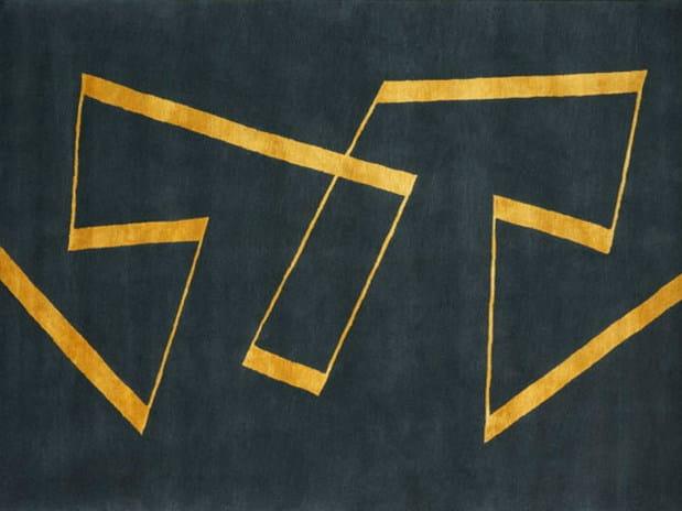 Handmade rectangular rug LARGE ZIG-ZAG by Deirdre Dyson