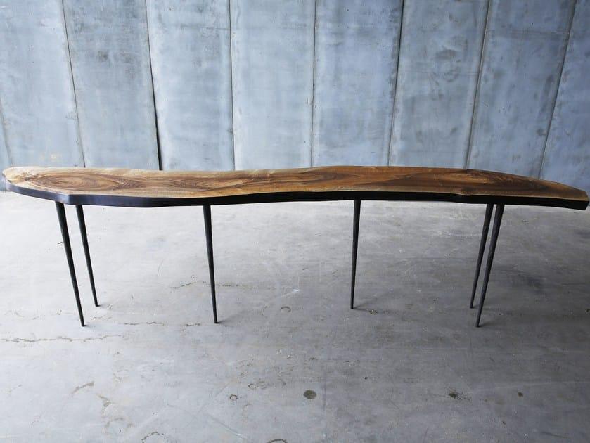 Walnut table LARS ZECH | Walnut table by Heerenhuis