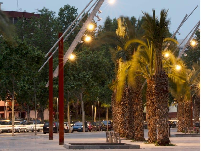 Lampione stradale a LED su palo LATINA by URBIDERMIS