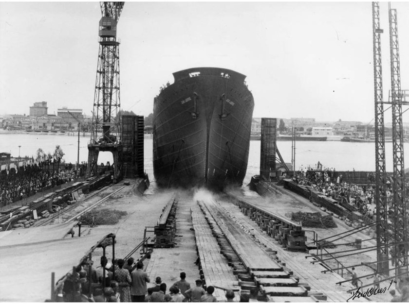Stampa fotografica LAUNCH OF THE SHIP JEAN LABORDE IN 1952 by Artphotolimited