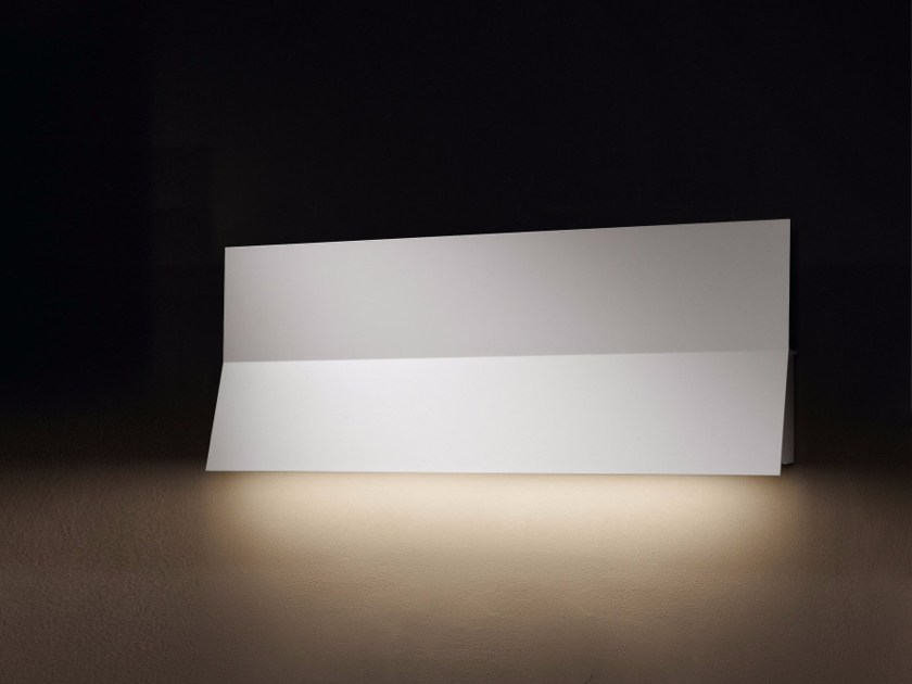 Indirect light aluminium wall light LEA 01 by BOVER