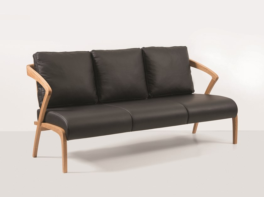 3 seater leather sofa POLY | Leather sofa by Hemonides