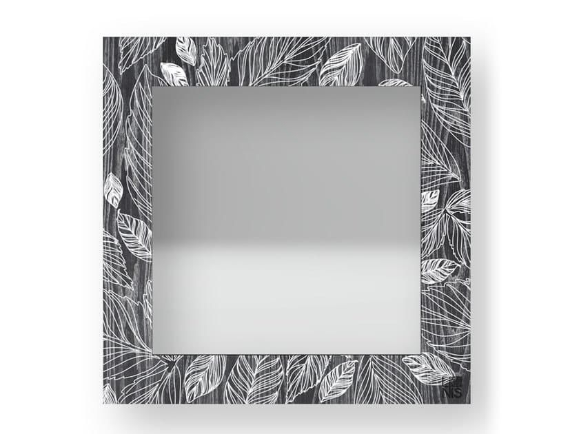 Specchio quadrato da parete con cornice LEAVES COLD | Specchio by LIGNIS®