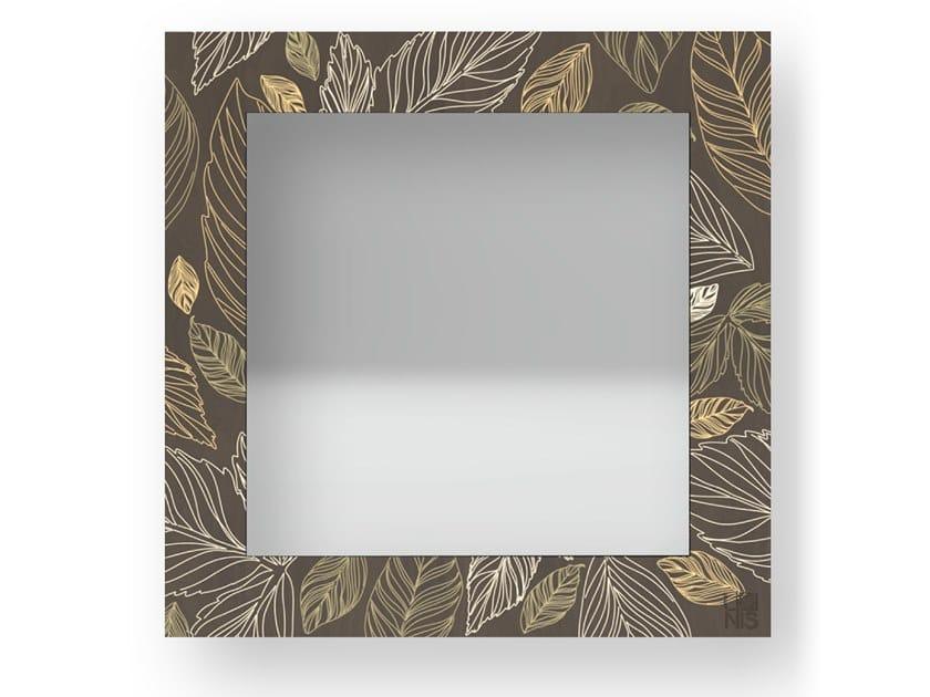 Specchio quadrato a parete con cornice LEAVES WARM | Specchio by LIGNIS®