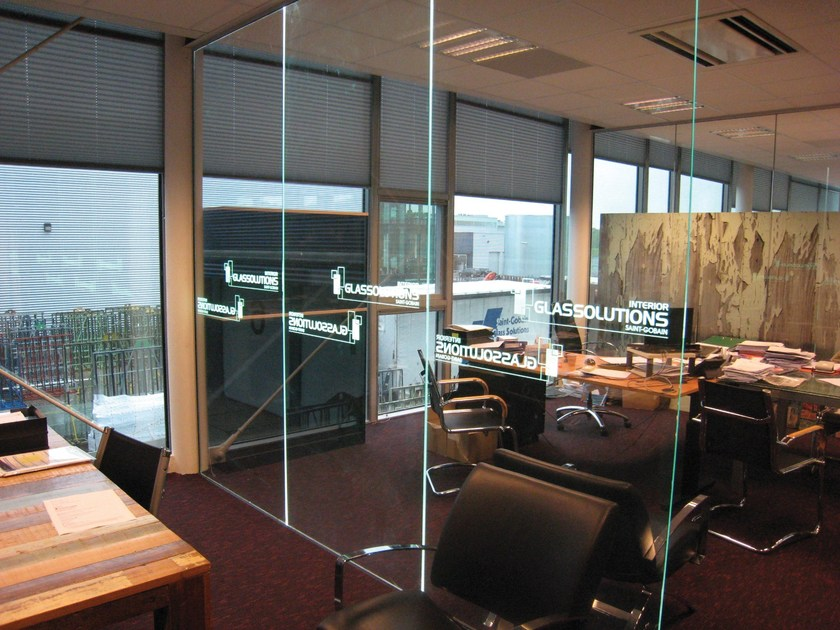 Glass with integrated LED LED IN GLASS by Glassolutions