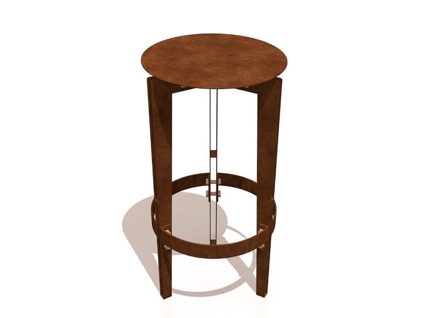 High Corten™ stool with footrest LEGGERO   Corten™ stool by TrackDesign