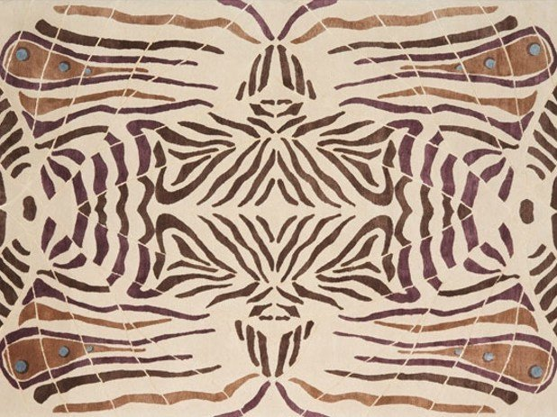Handmade rectangular rug LEPKE by Deirdre Dyson