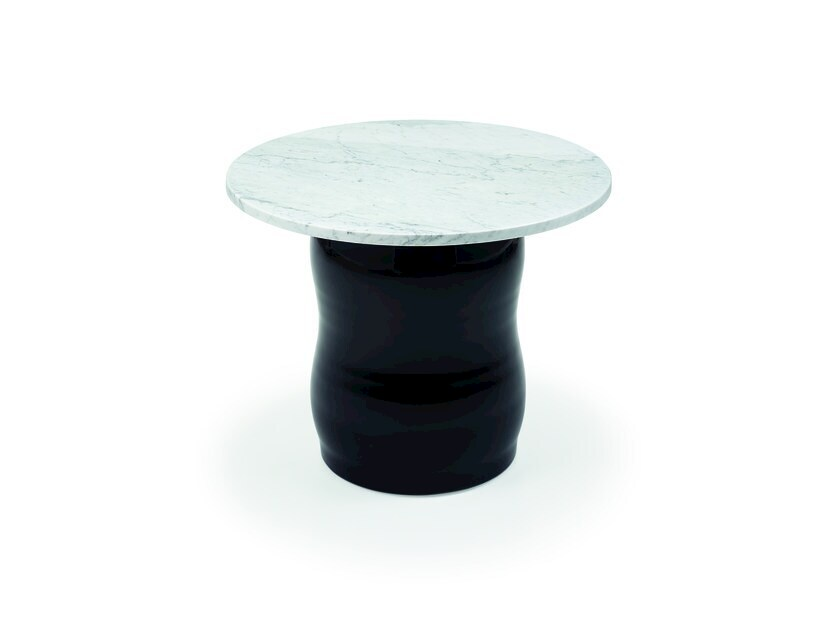 Carrara marble side table LES ENFANTS | Carrara marble coffee table by HMD INTERIORS