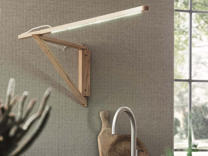 LED adjustable wooden wall lamp LH35 by AltaCorte
