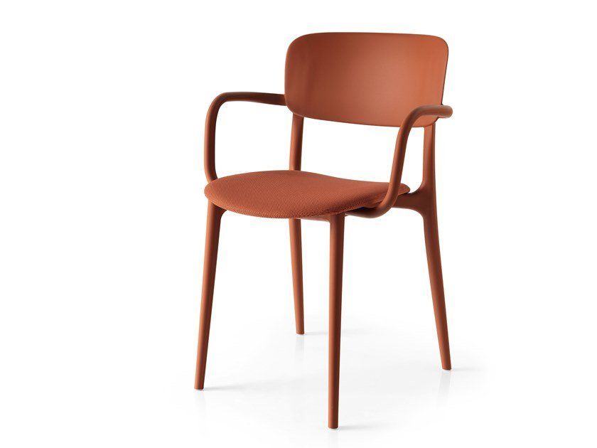 Stackable chair with armrests LIBERTY SOFT | Chair with armrests by Calligaris