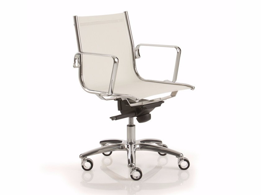 Swivel task chair with 5-Spoke base with armrests LIGHT | Task chair with 5-Spoke base by Luxy