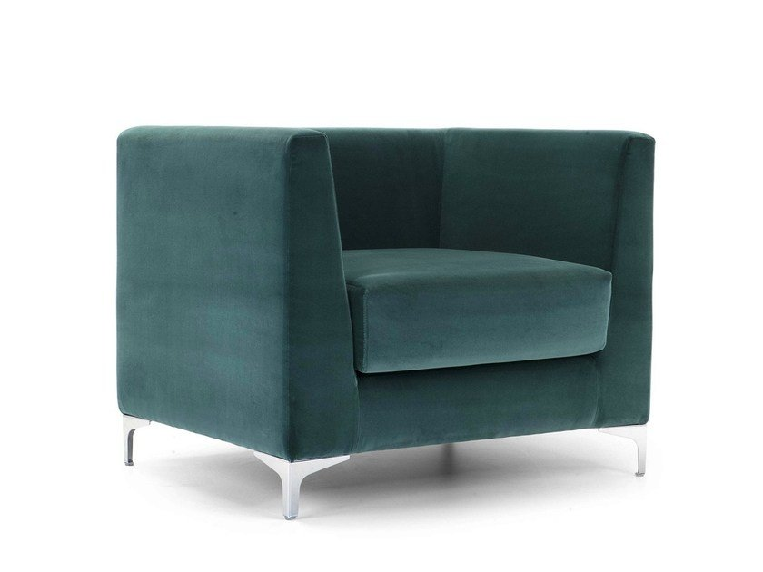 Upholstered guest chair with armrests LINCOLN | Armchair by Domingo Salotti