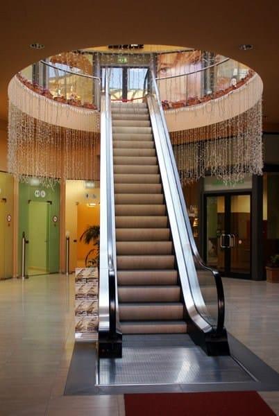 Escalator STANDARD RANGE by GRUPPO MILLEPIANI