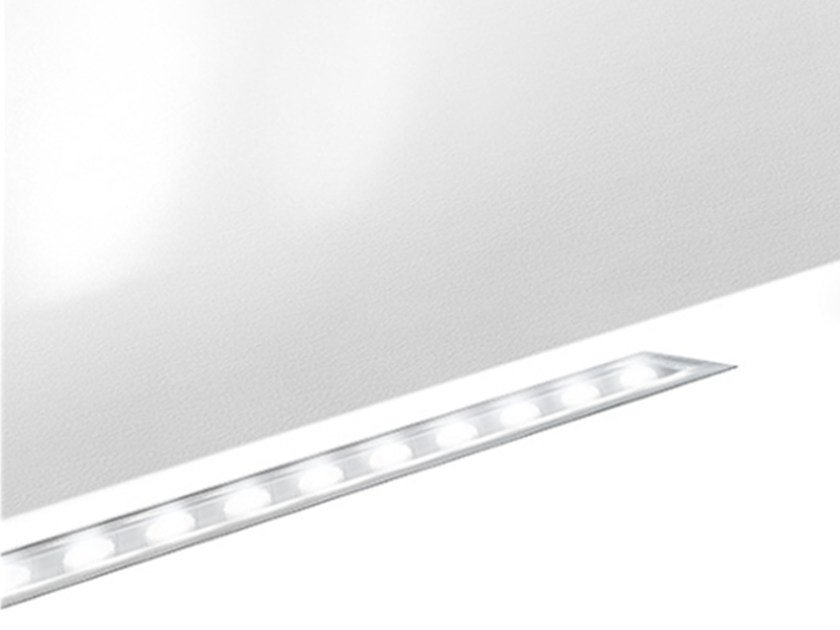 Built-in outdoor extruded aluminium LED light bar LINEALED WALLWASHER | Built-in LED light bar by Artemide