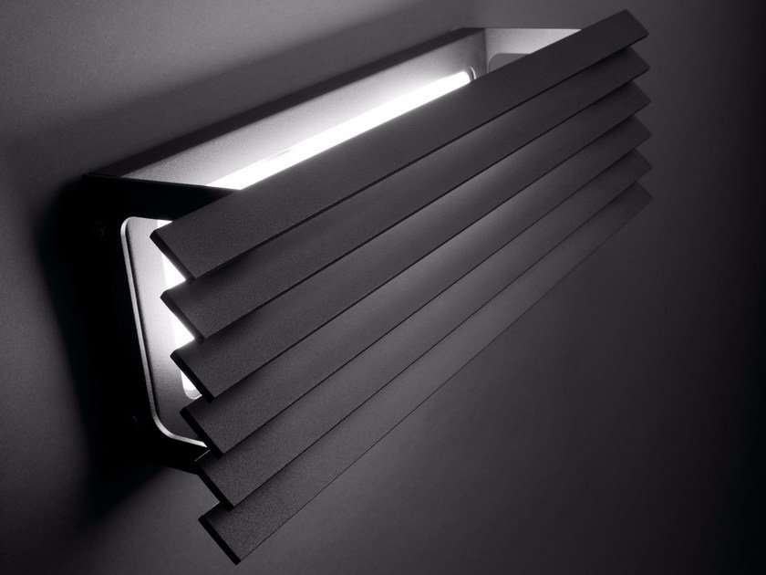 LED Wall Lamp LINEANA H by BOVER