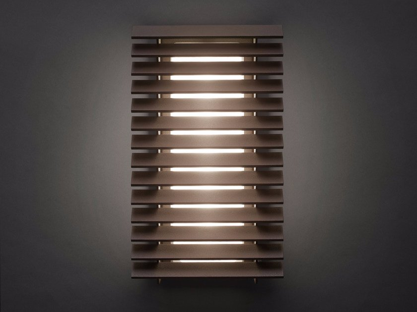 LED Outdoor wall Lamp LINEANA V by BOVER
