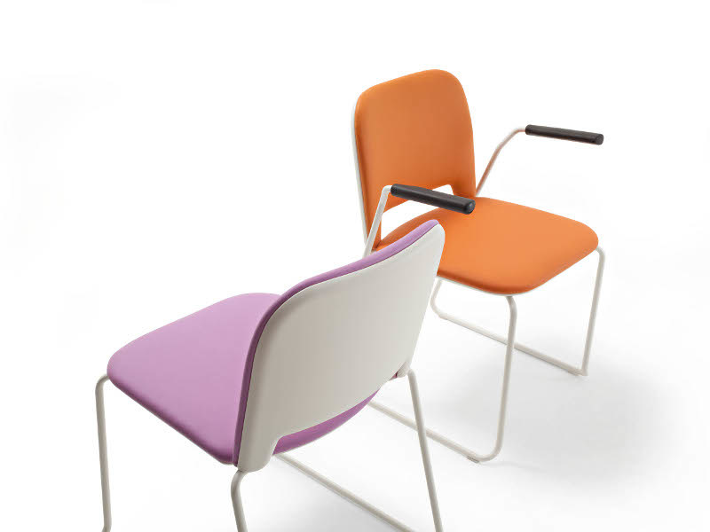Upholstered fabric chair with armrests LIPS S0054 B by Segis