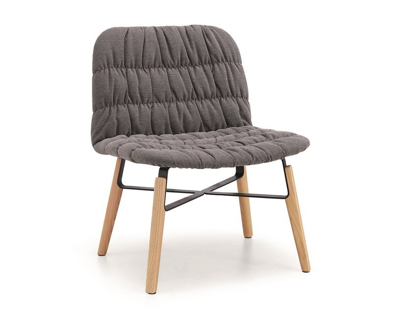 Upholstered fabric armchair LIÙ AT ML by Midj