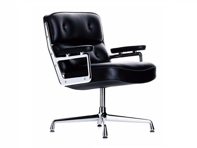 Poltrona girevole imbottita in pelle lobby chair es 108 collezione