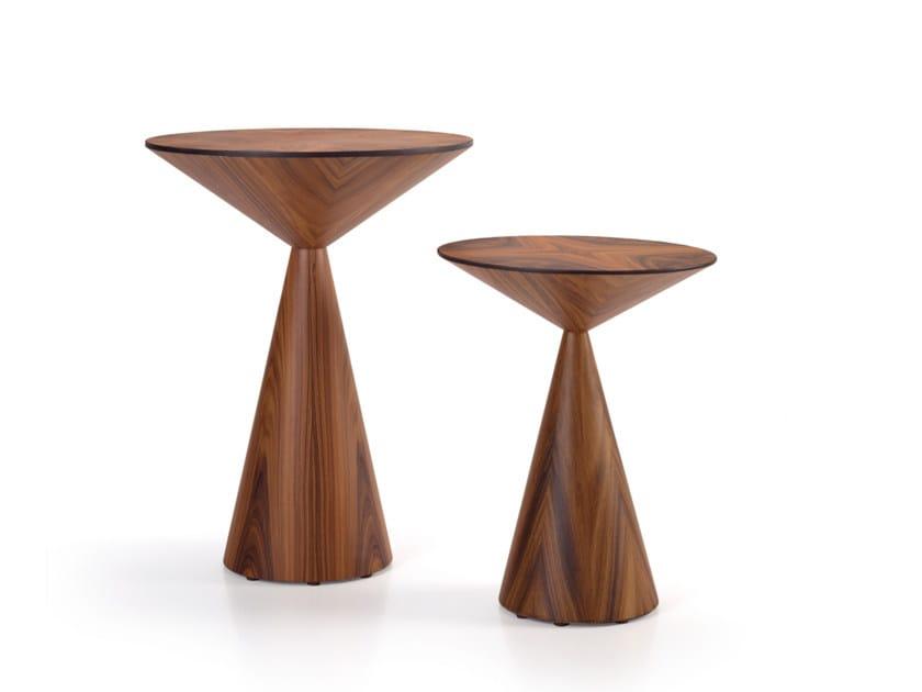 Round wood veneer side table LOLA | Wood veneer coffee table by HMD INTERIORS