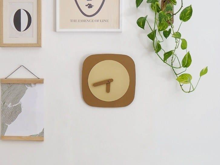 Orologio in acciaio da parete LORA by HIRO