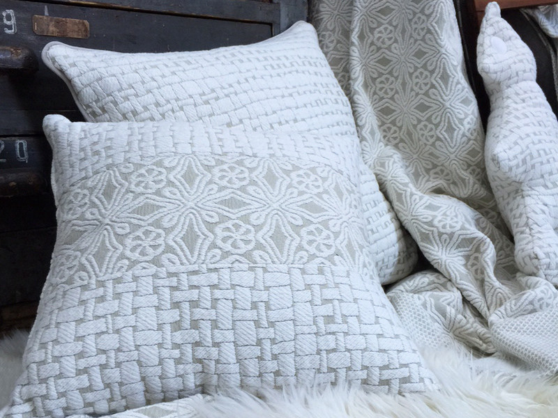Jacquard fabric with graphic pattern LOVELY FIOCA by l'Opificio
