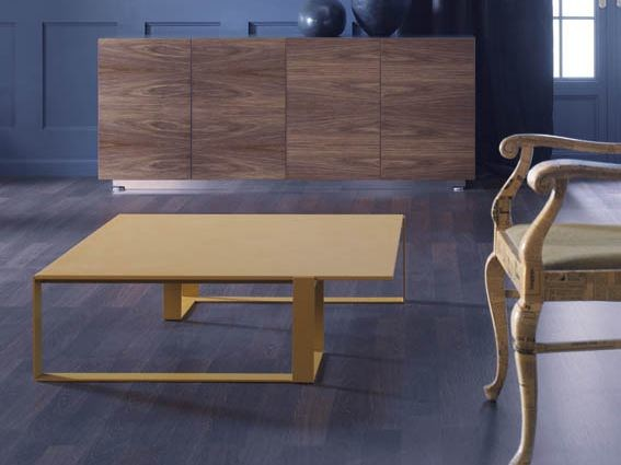 Low square coffee table MIXT | Low coffee table by BALMA