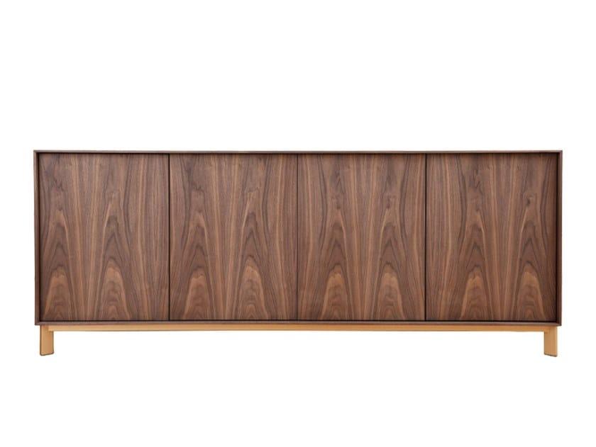 Wood veneer sideboard with doors LOW by Conceito Casa