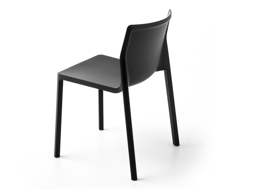 Stackable polypropylene chair LP | Chair by Kristalia