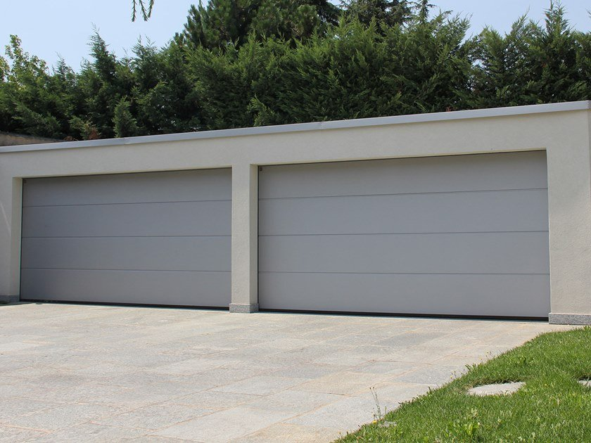Sectional garage door LPU 42 by HÖRMANN ITALIA