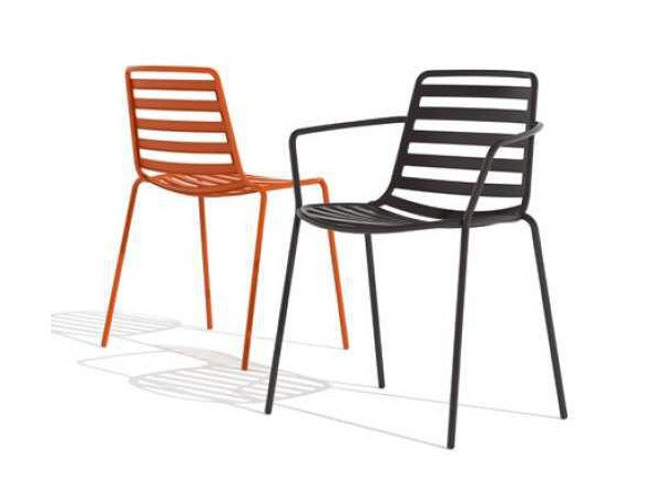 Metal garden chair with armrests LTS STREET | Chair with armrests by ENEA