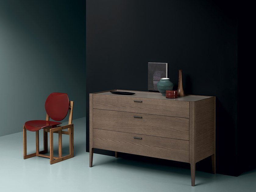 Lacquered chest of drawers LUDWIG | Chest of drawers by Md House