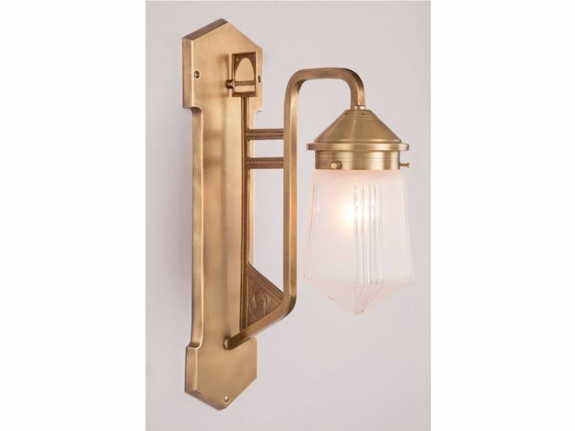 Brass wall lamp LUZERN I | Wall lamp by Patinas Lighting