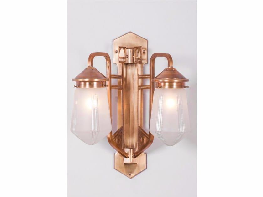 Lampada da parete in ottone LUZERN II | Lampada da parete by Patinas Lighting
